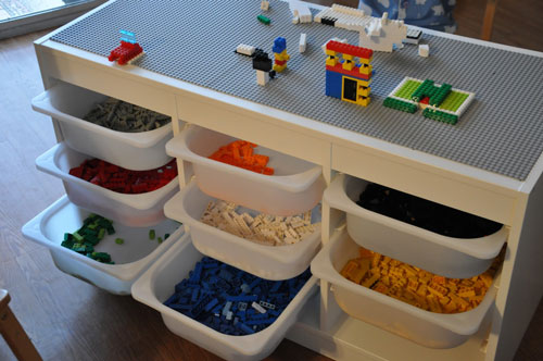 lego-table-example